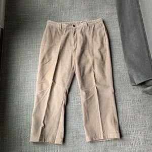 Vineyard Vines men's corduroy pants